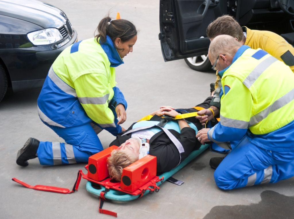 Для чего необходимо обеспечить неподвижность кости при переломе