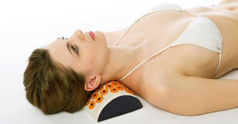 Аппликатор Кузнецова – альтернативный метод при лечении остеохондроза Аппликатор Кузнецова для лечения остеохондроза