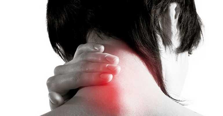 Продуло шею (миозит): как лечить в домашних условиях и что делать