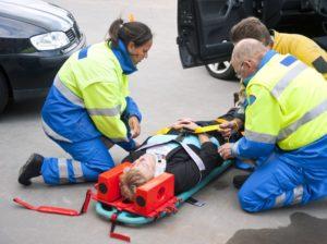 Как правильно осуществляется транспортировка пострадавших с переломом позвоночника