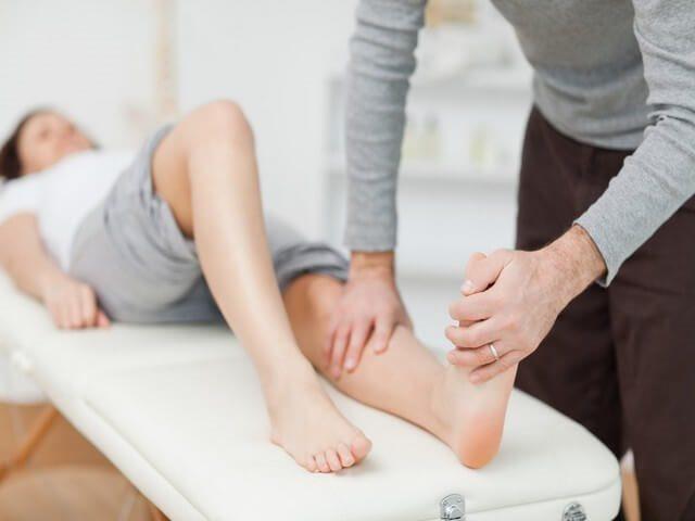 Гипс на коленного сустава thumbnail