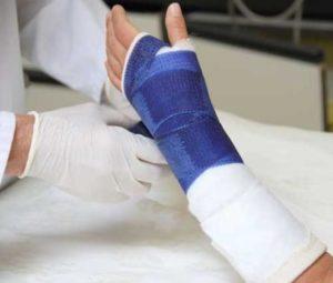 Лечение перелома запястья на разных участках костей