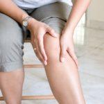 Лучшие народные средства для лечения боли в коленных суставах