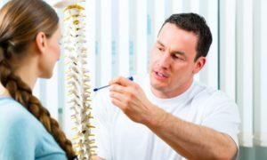 Основные симптомы и сложность лечения грыжи в грудном отделе позвоночника