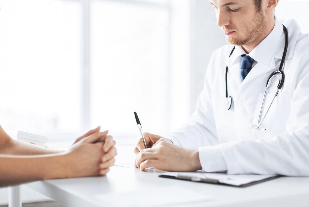 Особенности возникновения и лечения парамедианной грыжи