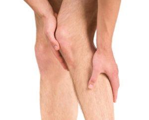 Почему нога сильно отекает и больно ходить после снятия гипса
