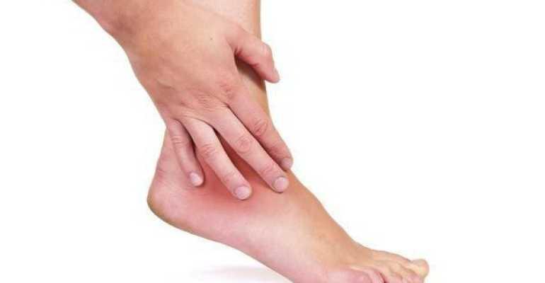 Почему образуется шишка на ноге после ушиба, ее виды и способы устранения