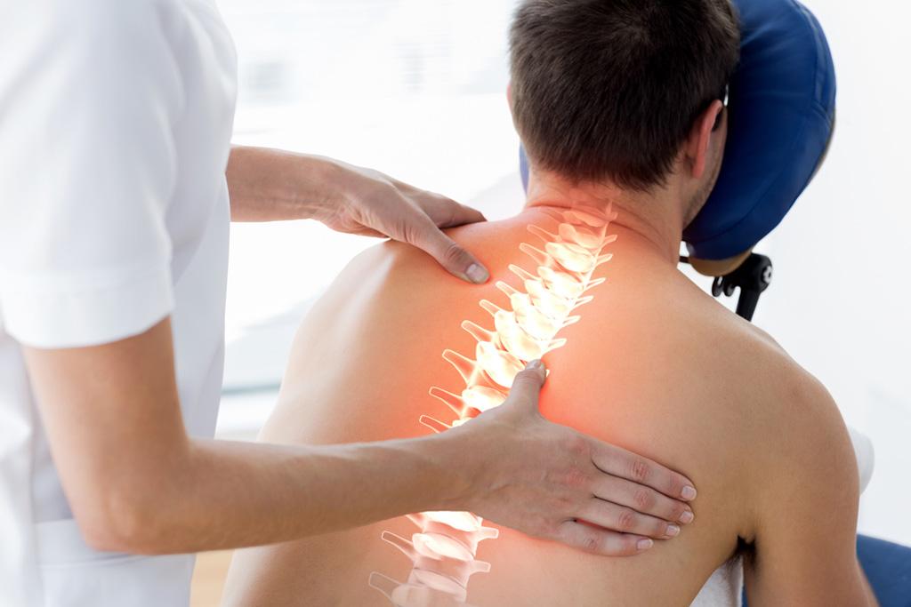 Можно ли ходить по спине при остеохондрозе