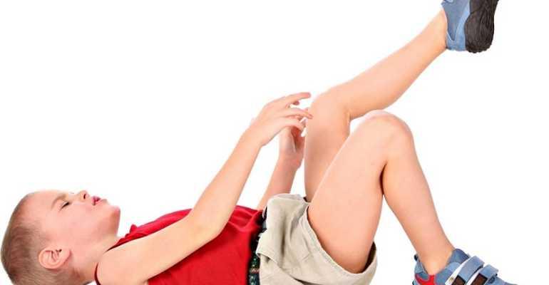 Если у подростка болят колени к какому врачу обратиться