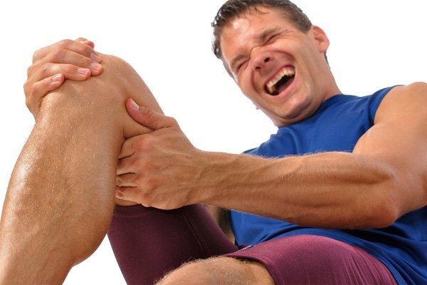 Что такое кензиотейп и помогает ли кинезиотейпирование колена при артрозе