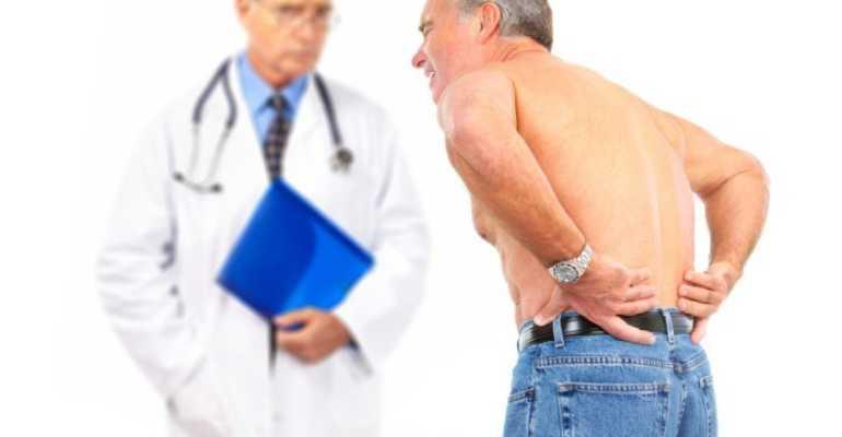 Болит поясница какой врач нужен