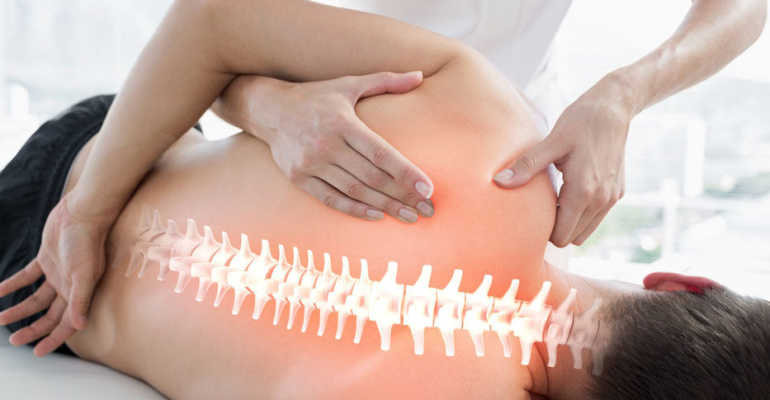 Можно ли делать мануальную терапию при грыже позвоночника