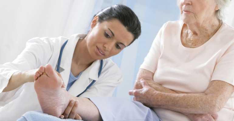 К какому врачу обратиться для эффективного лечения подагры