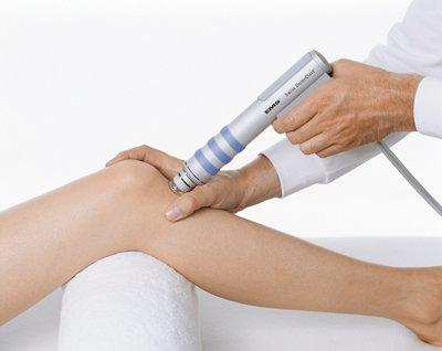 Какие физиотерапевтические методы лечения чаще всего применяют при артрозе коленного сустава
