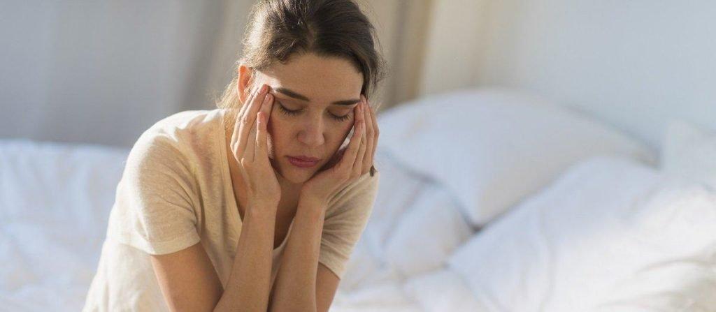 Основные симптомы и методы лечения шейного остеохондроза у женщин