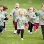 Показания к занятиям ЛФК при сколиозе у детей
