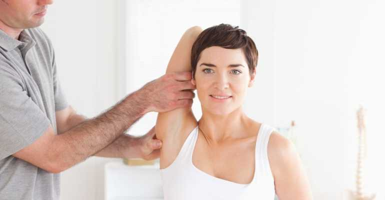 Правила выполнения комплекса упражнений при плечелопаточном периартрите
