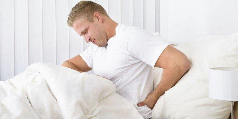 Причины болевого синдрома в спине в положении лежа
