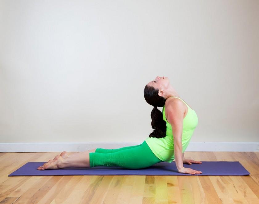 Самые эффективные асаны для здоровья спины — йога для осанки