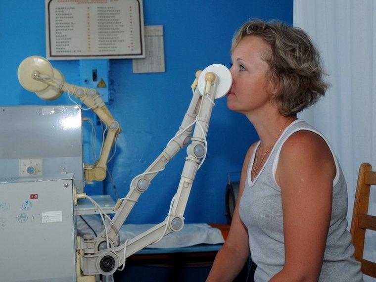 Симптоматика и первая помощь при переломе носа