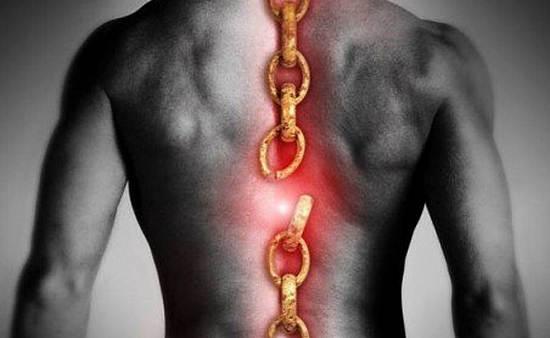 В чем главная опасность травм позвоночника?