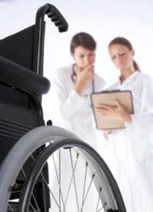 В каких случаях при грыже позвоночника больному дают инвалидность