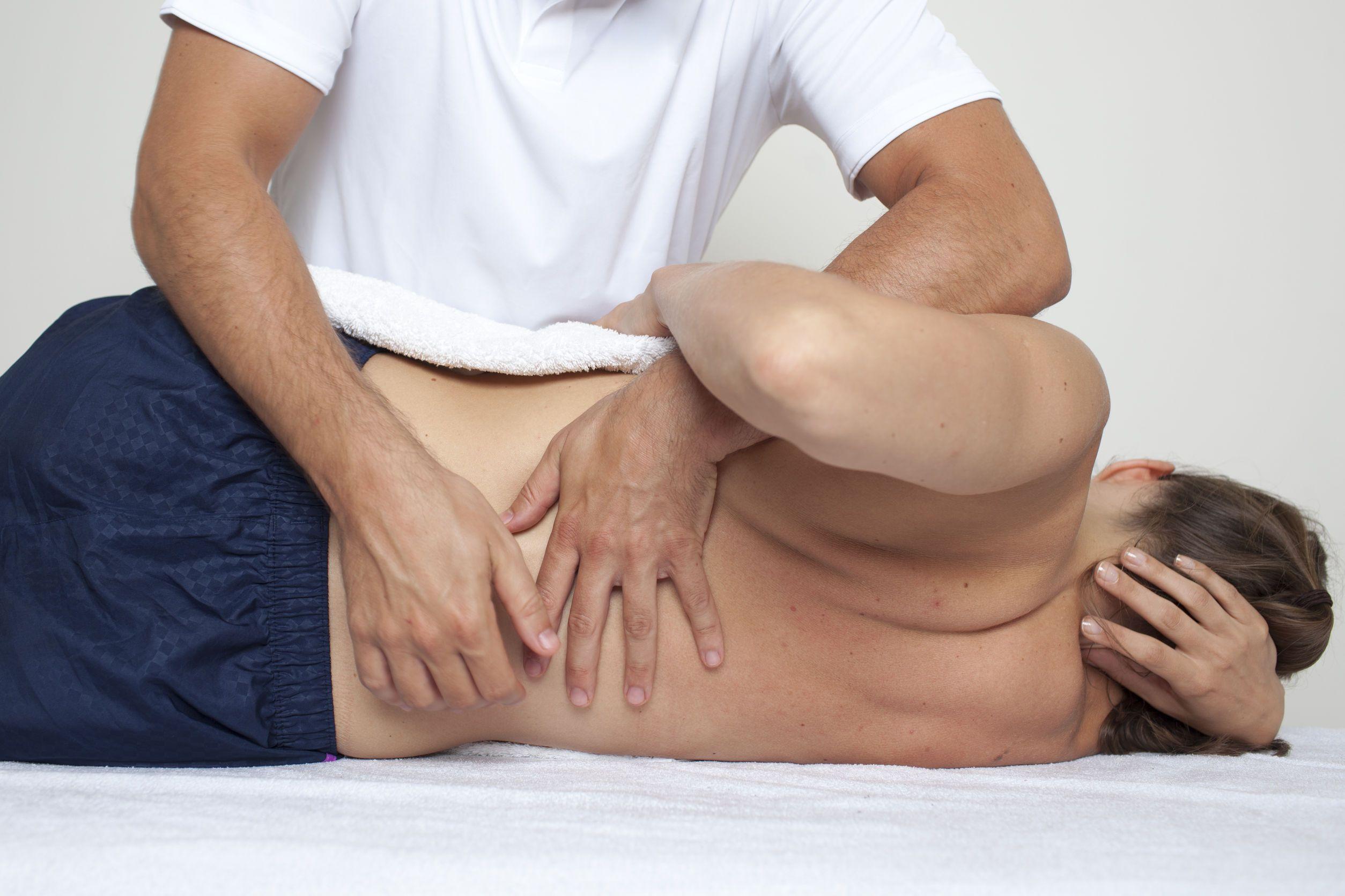 Все о пользе массажа при грыже позвоночника